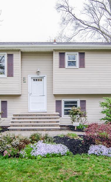 Windsor Bi Level Home 3 Bed 1 75 Bath Plan 1442 Sf Priced: 41 Rocky Brook Rd, East Windsor, NJ 08512