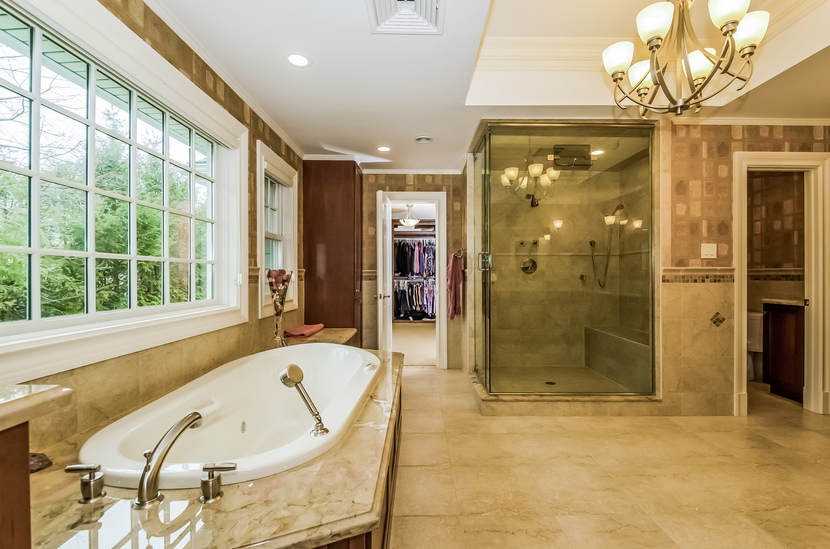 Master Bathroom Enclosed Toilet 92 south morris lane, scarsdale po, ny, 10583 - planomatic