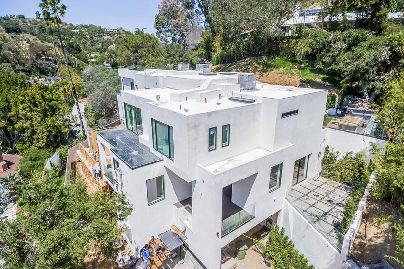 9551 Cherokee Ln, Beverly Hills, CA 90210